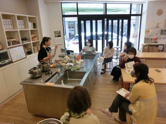 http://blog.shimatakara.jp/blog/CIMG1491.1.JPG