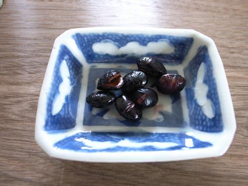 炒り黒豆のきび酢づけ